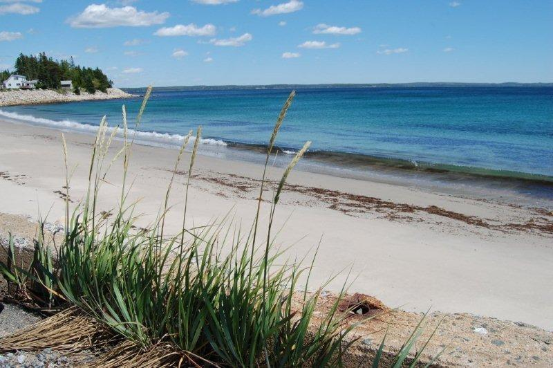 Beach across from cottage - #27 Periwinkle, Hubbards NS - Hubbards - rentals