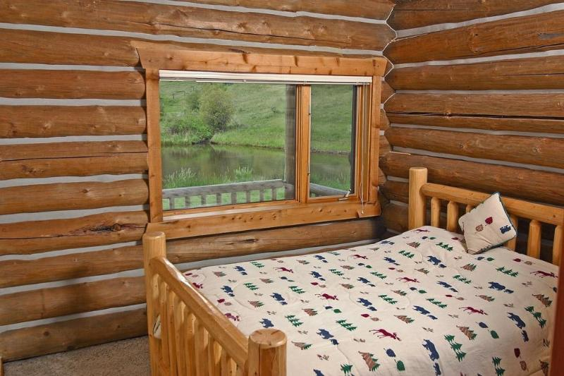 Ponderosa Cabin at Rye Creek Lodge - Image 1 - Darby - rentals