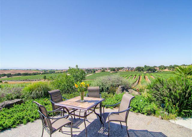 Patio Table with Expansive Vineyard Views - Live on top of  Views, Pool, Bocce Ball, Hot Tub, BBQ and Fun! - Paso Robles - rentals