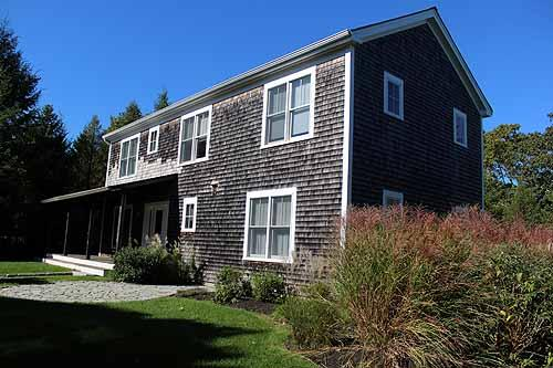 1596 - BRIGHT AND SPACIOUS HOUSE WITH A STONE PATIO AND WRAP AROUND PORCH - Image 1 - Vineyard Haven - rentals