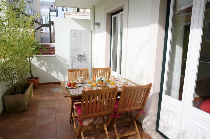 Apartment in Lisbon 219 - Príncipe Real/Bairro Alto - Image 1 - Lisbon - rentals