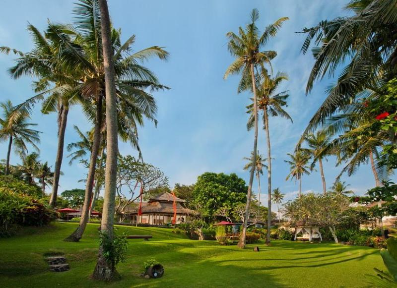 3 Bedrooms Beachfront Villa Mandala, Canggu - Bali - Image 1 - Canggu - rentals