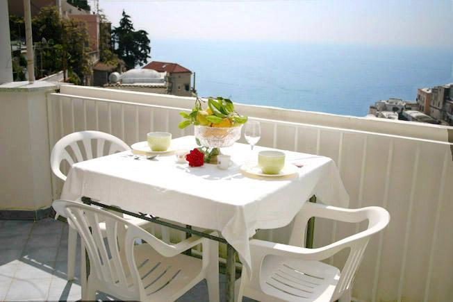 Concetta apartment - Image 1 - Positano - rentals