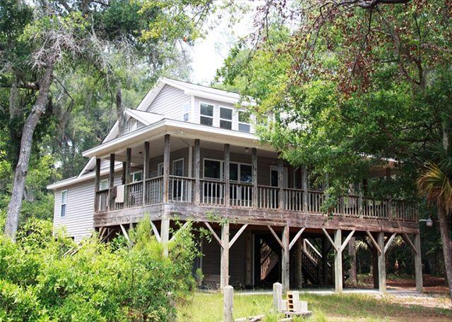 Hog Heaven - Wrap Around Porches and Private Dock On Deepwater - Image 1 - Edisto Island - rentals