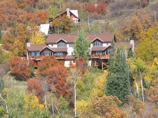 Vista Chalet - Yampa Vista is the right side - Yampa Vista Chalet: Views. Private Hot Tub. Views! - Steamboat Springs - rentals