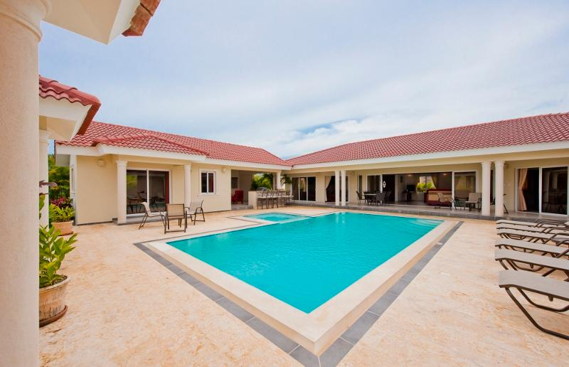 6 BDR Villa Ultima all with full suites - Image 1 - Sosua - rentals