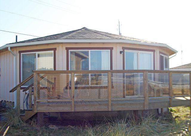 Deck - Browne House--R212 Waldport Oregon Ocean Front vacation rental. - Waldport - rentals