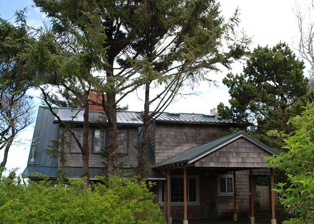 DOWD-A - Dowd House--R258    Waldport Oregon High bank vacation rental - Waldport - rentals