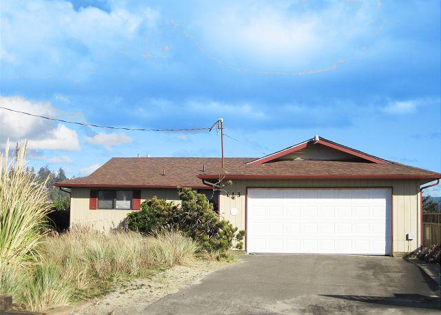 Jack's Place - Jack's Place--R503 Waldport Oregon Bayfront vacation rental - Waldport - rentals