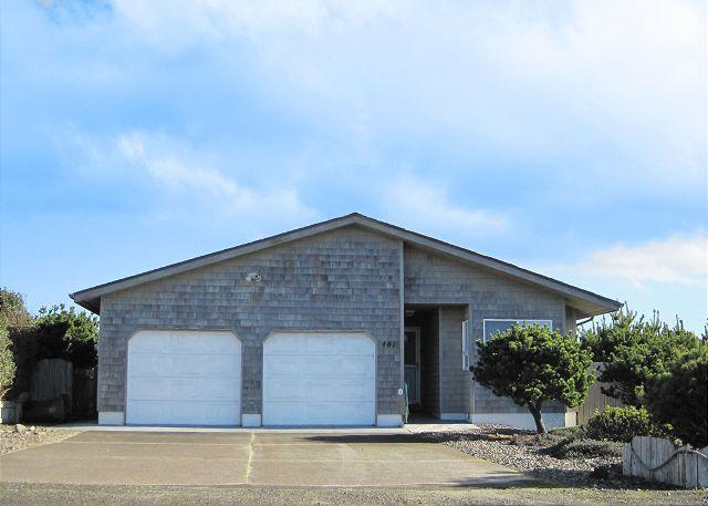 Sheel Haven - Shell Haven---R554 Waldport Oregon bayfront vacation rental - Waldport - rentals