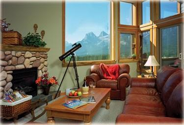 Great Room - With fireplace and view to Three Sisters Mountain Range - MountainViews, Downtown, Fireplace, Families, Wifi - Canmore - rentals