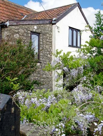 OOLITIC SPRINGS, romantic, country holiday cottage in Dundry, Ref 5115 - Image 1 - Dundry - rentals