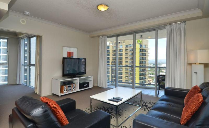 Chevron Towers Absolute Luxury all around you - Image 1 - Surfers Paradise - rentals