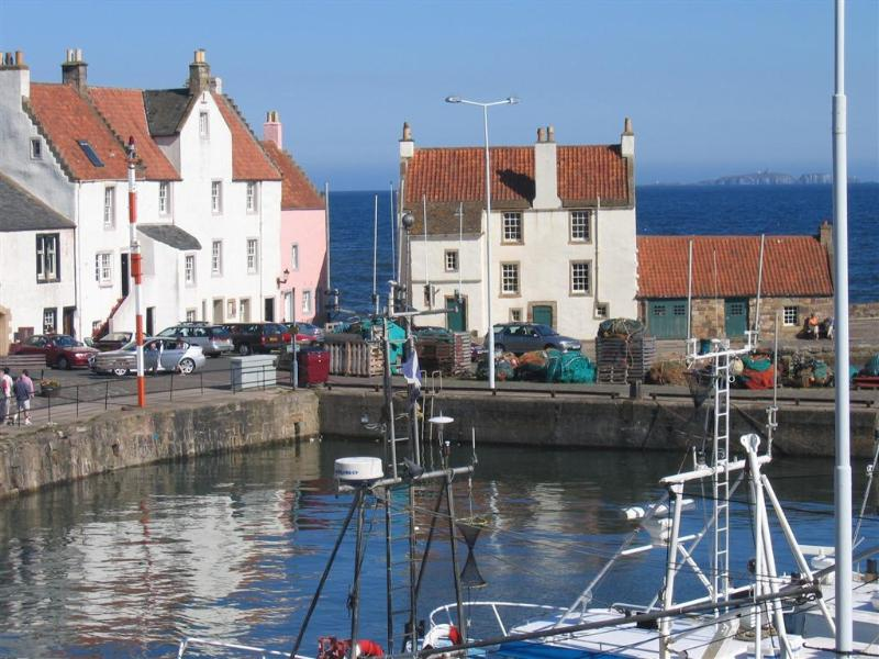 The Gyles, Pittenweem Harbour - Pittenweem Harbour - the best sea views in Fife? - probably ! - Pittenweem - rentals