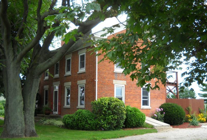 Partial View of House - Harpster-Davenport Guest House - Bellevue - rentals