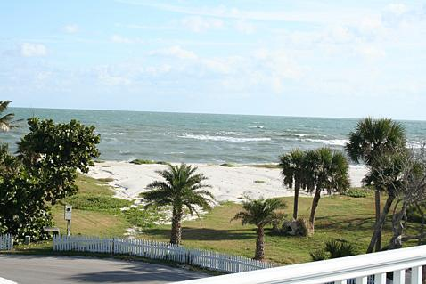 View from the Balcony - 4 Bedroom House with Pool Steps from the Ocean - Vero Beach - rentals