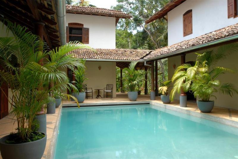 Pool terrace - Villa Araliya, near Unawatuna. - Unawatuna - rentals