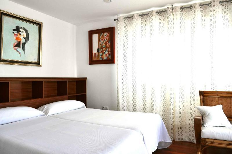 Apartment San Luis - Image 1 - Seville - rentals