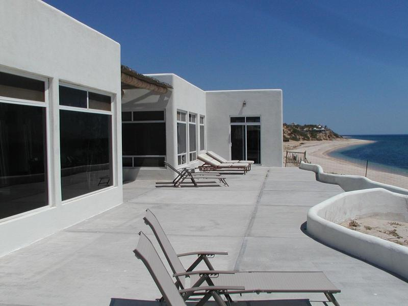 Beachside, casita is on far end - 25% Discount Nicest Beachfront 3 or 4 bedroom or 1 - La Ventana - rentals