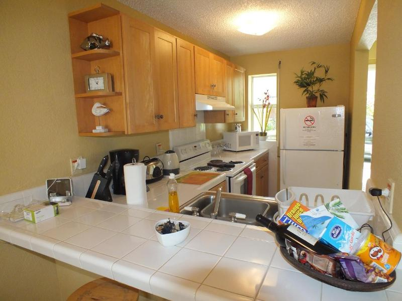 Fully Equipped Kitchen - Villa 219E South Finger, Jolly Harbour - Jolly Harbour - rentals