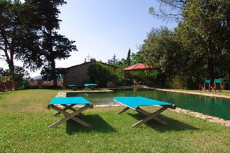 Stone-built farmhouse Mezzola tucked away in rolling hills- on winery with pool - Image 1 - Florence - rentals
