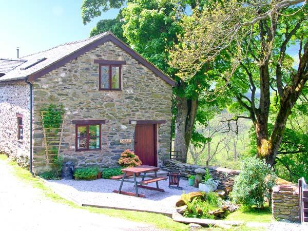 THE STABLE, country holiday cottage, with hot tub in Llangynog, Ref 8937 - Image 1 - Llangynog - rentals