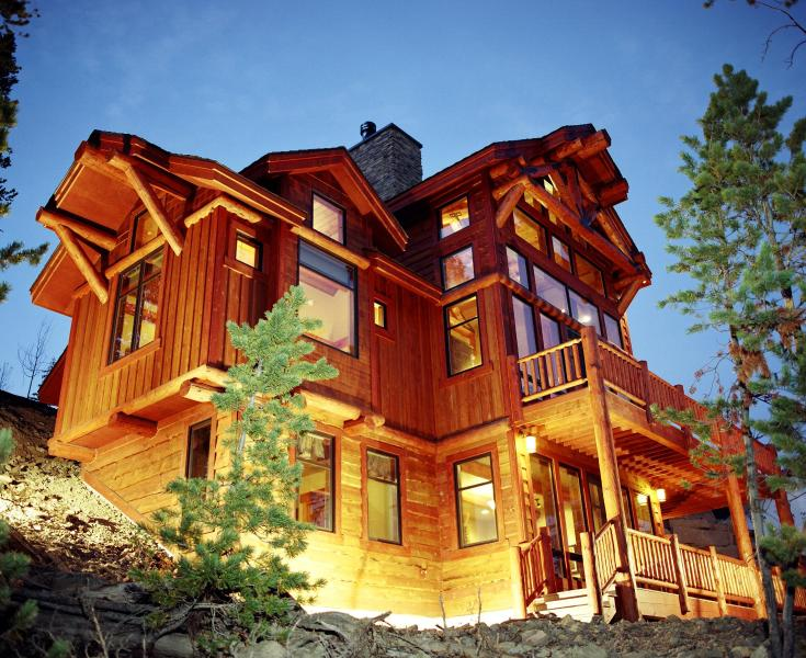 This gorgeous home takes full advantage of the mountain setting. - Big Sky Luxury Rental with Pool - Cascade Ridge - Big Sky - rentals