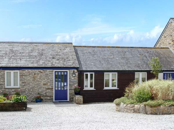 WHEAL HART, character holiday cottage, with a garden in St Newlyn East, Ref 2142 - Image 1 - Saint Newlyn East - rentals