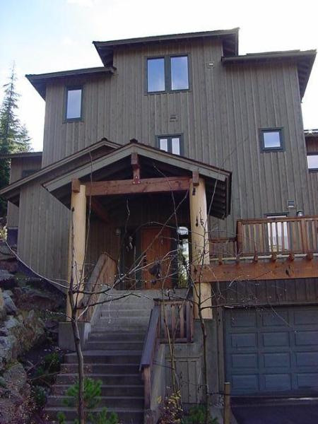 Ski-in/Ski-Out-6BR/6BA Home-Hot Tub-Whistler Home - Image 1 - Whistler - rentals