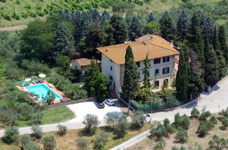aereal view - Villa I Leoni Between Florence Sienna and Pisa  - 1 km to village -  Aircond. - Montespertoli - rentals
