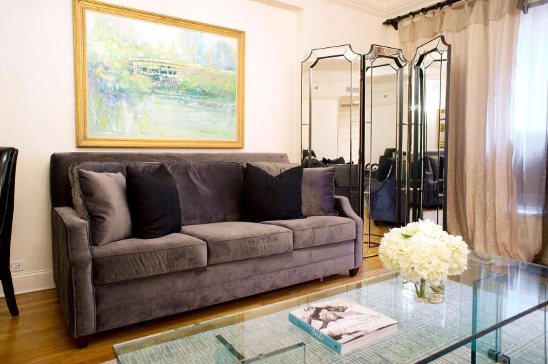 Living Room - One Bedroom Residence (Suite 560) - New York City - rentals
