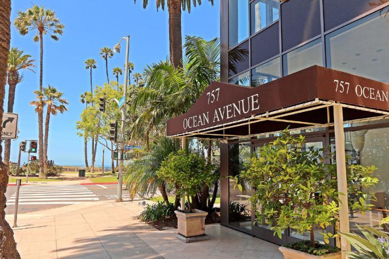 Santa Monica Beach Ocean Front Condo - 1021 - Image 1 - Redondo Beach - rentals