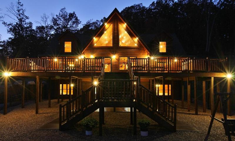 Welcome to Absolute Perfect Escape Cabin #1 Front - Absolute Perfect Escape - VA Luxury Cabins - Luray - rentals
