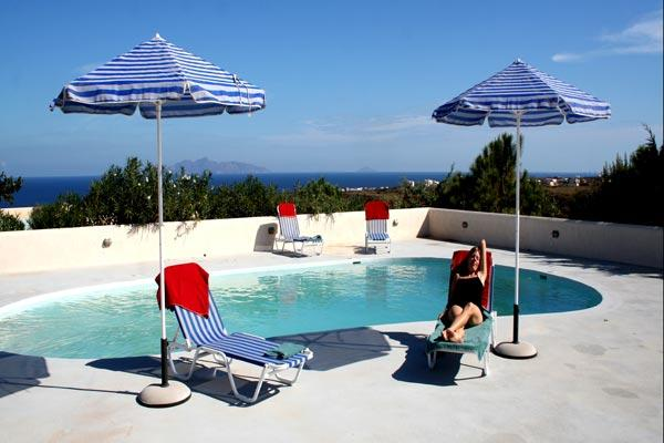 A perfect getaway for a single family or 2 couples, with full kitchen. MED THE - Image 1 - Santorini - rentals
