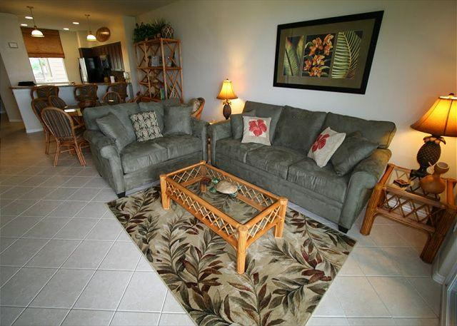 Large View of Living and dining room - Beautiful 2BR Newly Upgraded -Tommy Bahama Luxury Style Condo - Waikoloa - rentals