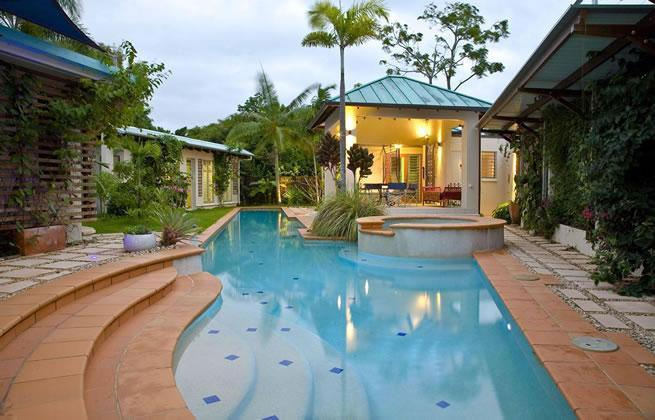 25 metre Heated / Cooled Pool with large Spa in Private Tropical Garden - Blue Pools Beach House - Cairns - Queensland - rentals