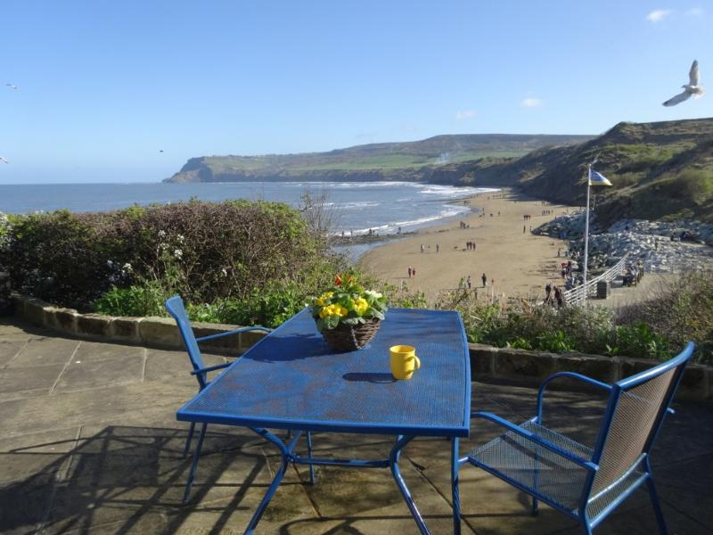 Ocean View - near beach with stunning sea views! - Image 1 - Robin Hood's Bay - rentals