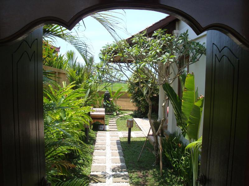 Entrance to Villa Padi karo - Villa Miki, 2 Bedroom private villa in Cemagi - Bali - rentals
