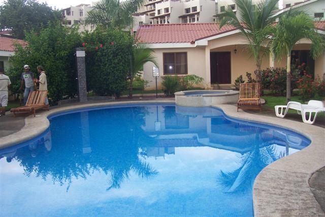 Carmoran A - Carmoran 5A - 2 bed townhouse-Great Location! - Playas del Coco - rentals