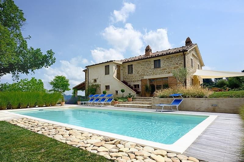 The Saltwater Pool and Landscaped Garden Grounds - La Cascina, near Force, Ascoli Piceno, Le Marche - Force - rentals