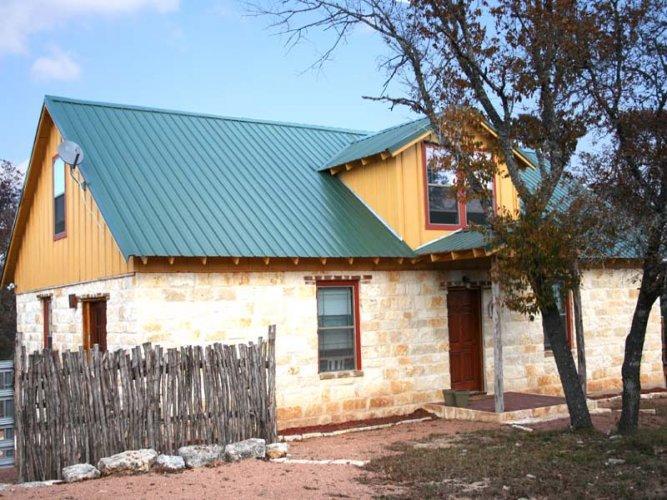 2H Rock Haus - Image 1 - Fredericksburg - rentals