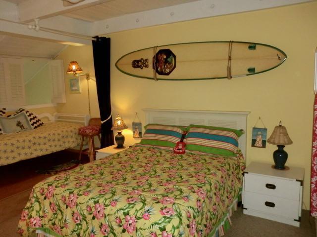 Private loft bedroom with extra sleeping area King bed/alternate decor - Maui Vista Biggest Condo! - Kihei - rentals