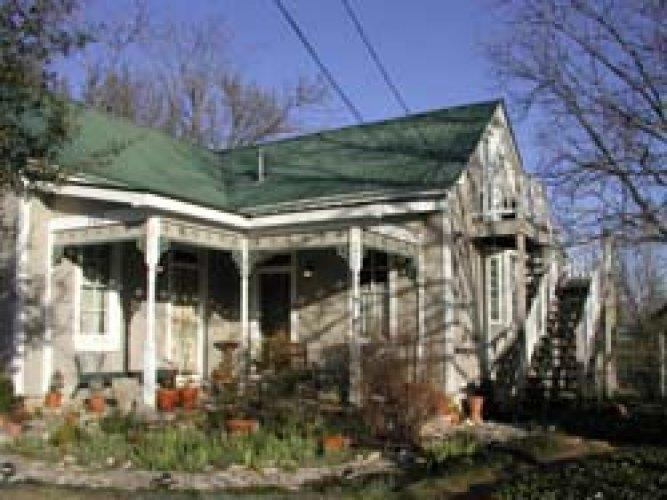 Dovecote - Image 1 - Fredericksburg - rentals