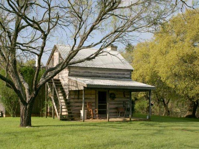 Palo Alto Creek Farm - The Log Cabin - Image 1 - Fredericksburg - rentals