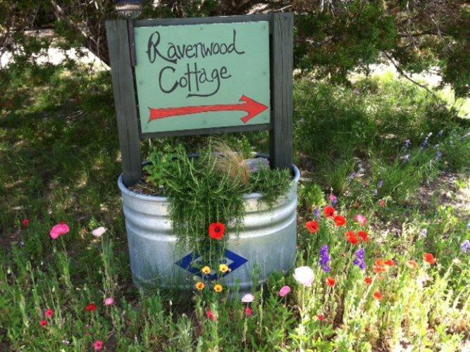 Ravenwood Cottage - Image 1 - Fredericksburg - rentals