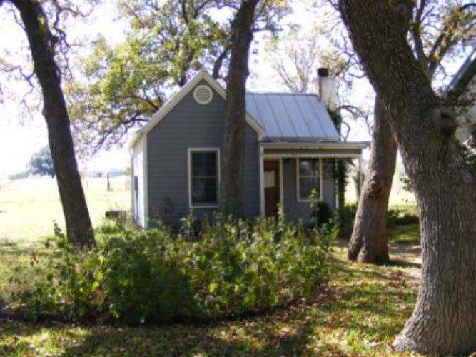 Wildblumen: The Cottage - Image 1 - Fredericksburg - rentals