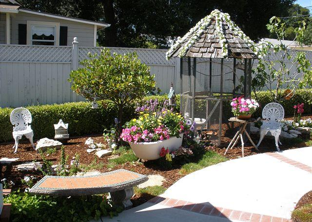 Garden - Renewed Downtown Charm at an Amazing Location--13th & Vine - Paso Robles - rentals