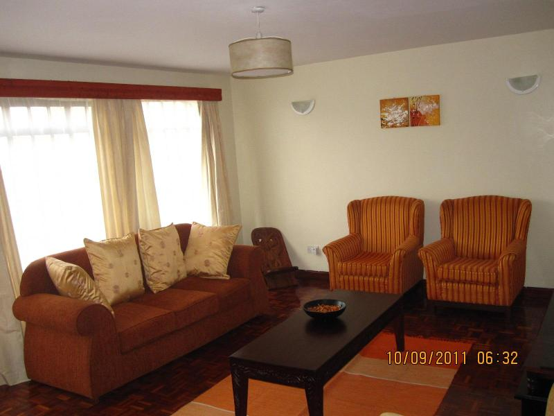 Living Room - THE JUNCTION MALL APARTMENT NO 3 - Nairobi - rentals