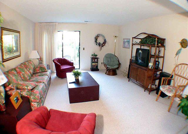 Courtside 10 - Ground Floor - Short walk to the Beach - Image 1 - Hilton Head - rentals