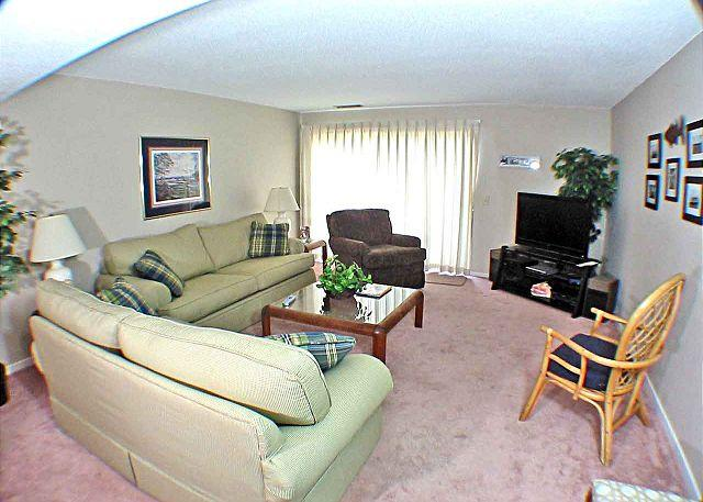 Courtside 40 - Ground Level Updated Condo - Image 1 - Hilton Head - rentals